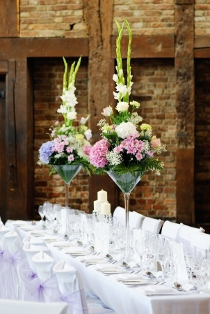 Corporate events florist service tulips of twickenham - Vase plat centre de table ...