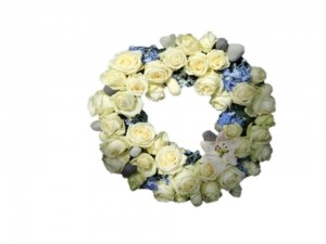 Cream & Blue Open Wreath